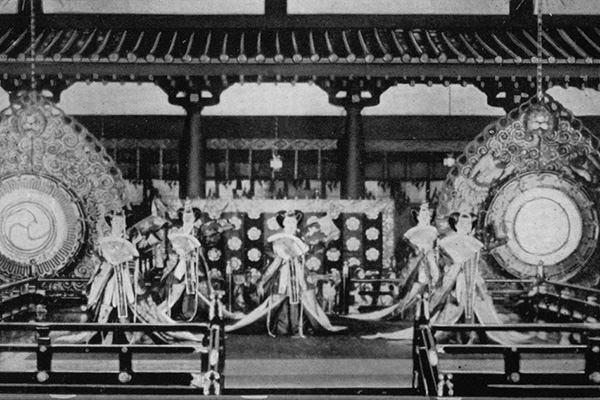 昭和天皇のときの五節舞
