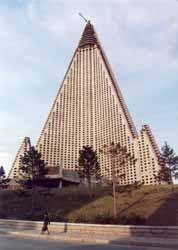 北朝鮮の廃墟ホテル