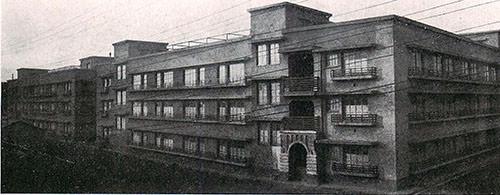 東京・三河島共同住宅